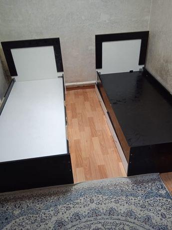 Продам две одноместных кровати