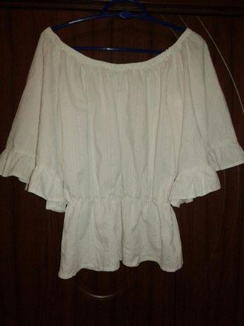 Дамска блуза с ефектни ръкави