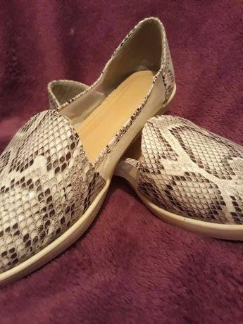 Дамски обувки Tendenz