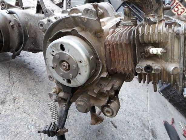 Piese piaggio 49cc  100 cc 150 cc 176cc
