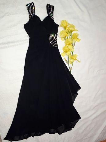 Элегантное шикарное платье