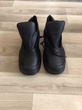 Работни обувки - зимни и летни, размери 44, 45, 46