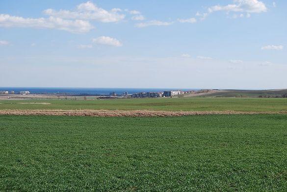 10 дка земя с морска панорама