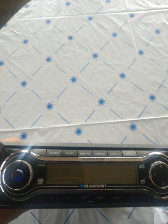 Продавам радио Bluapunkt