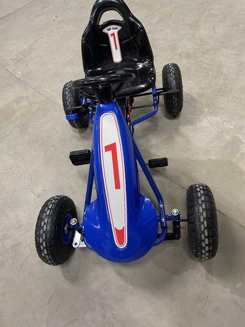 Kart cu pedale copii, anvelope cu camera