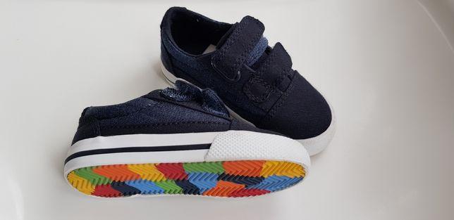 Pantofi băiețel NEXT nr. 19 cu velcro