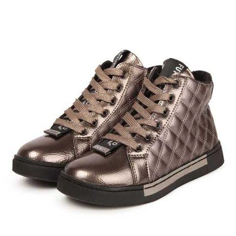 Ботинки демисезонные для девочки р. 33 (на ногу 21 см) новые