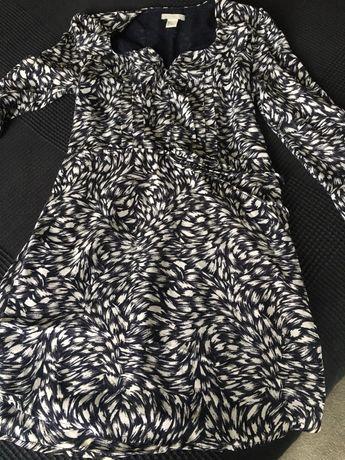 Елегантна рокля в черно-бяло