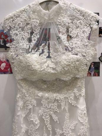 Счастливое свадебное платье 42р от Alicia Cruz