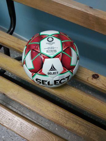 Футбольный мячик