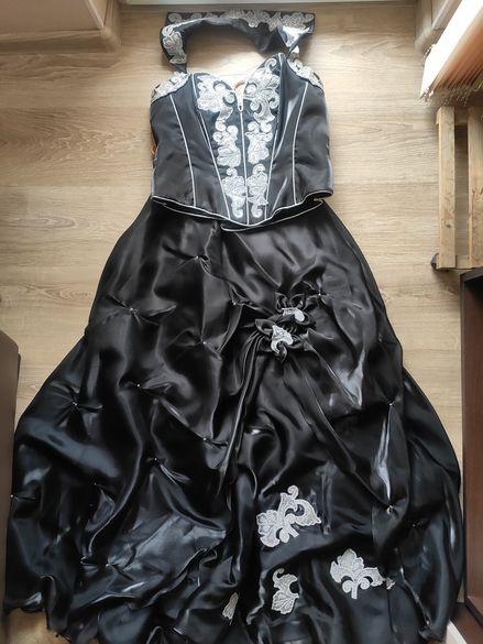 Бална рокля черна