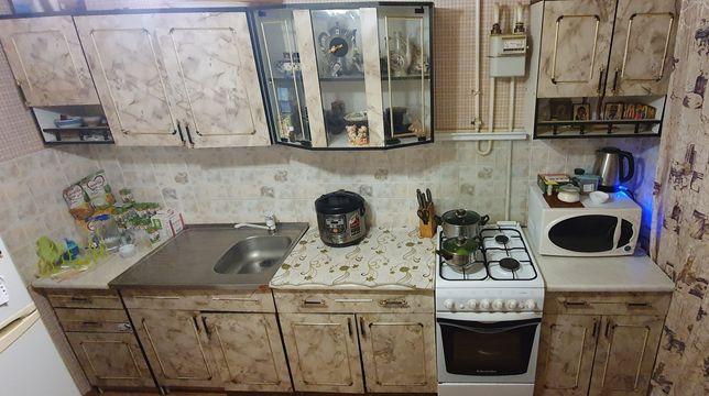 Продам кухонный гарнитур 45.000