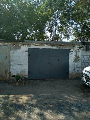 Продам гараж кооператив строитель