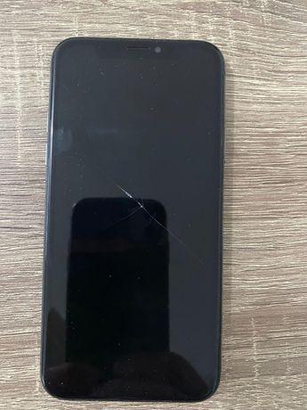 Iphone X cu ecranul spart