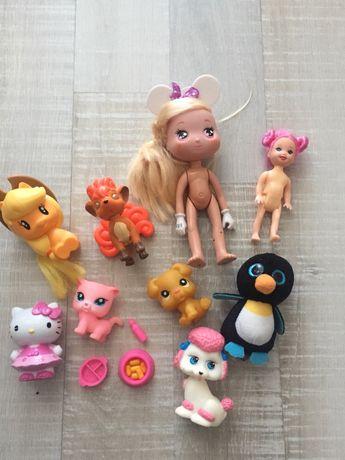 Различни играчки и фигурки