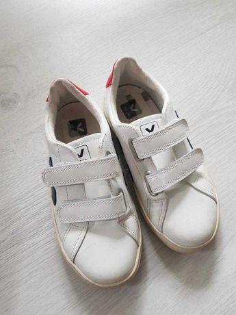 Adidasi Veja copii 32