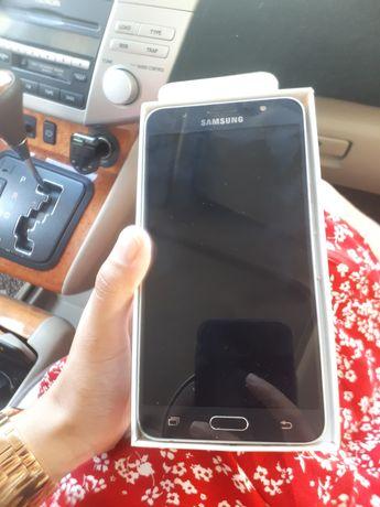 Samsung j7 в отличном состоянии