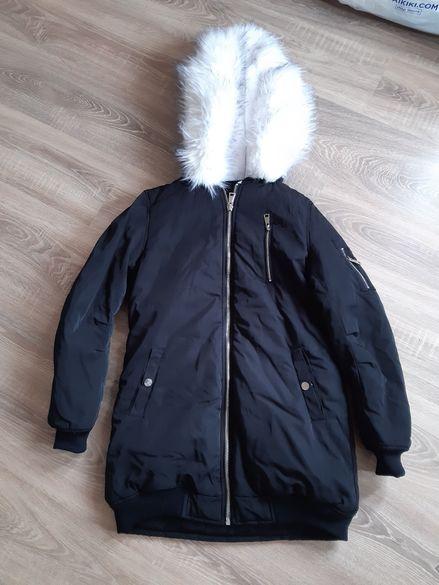 Зимно яке, топло и пухкаво
