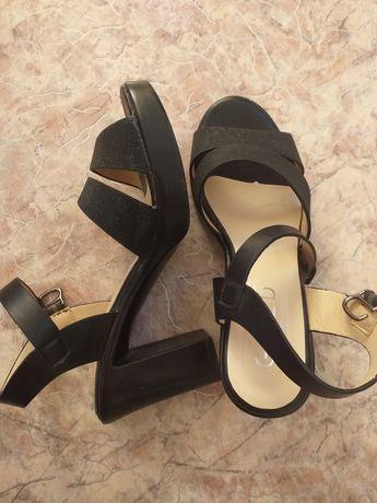 Туфли женские 37размера
