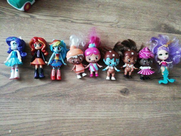 Jucării diverse si papusi