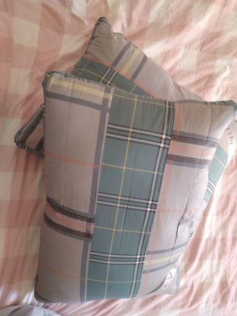 Продаются подушки 50 на 70 новые мягкие в отличном состоянии