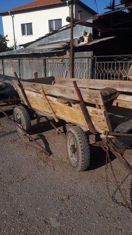 Конска каруца  450  лв.