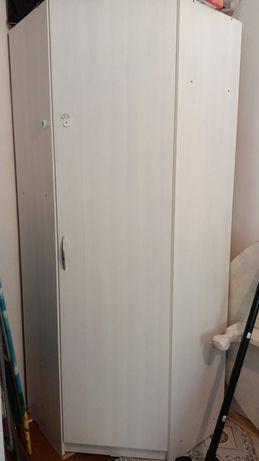 Шкаф углавая, + кровать с матрасом, для детей.