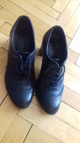 Обувки естествена кожа 37 номер. В перфектно състояние.