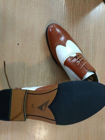 Продам туфли мужские Броги