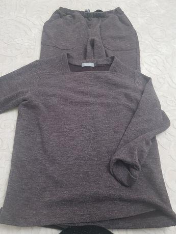 Продаеются брюки трикотажные, юбка от бренда Motivi, водолазка