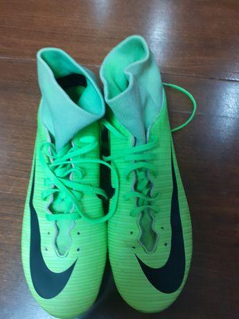 Оригинални футболни обувки Nike