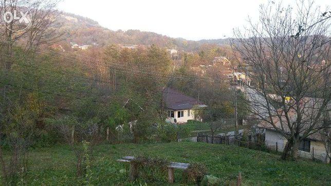 Vand teren intravilan in Provita De Sus 1700 mp.