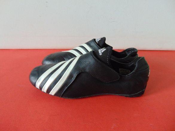 Adidas номер 38 2/3 Оригинални дамски маратонки НОВИ