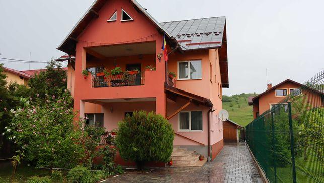 Vanzare Casa cu 5 camere + teren, Campina - Muscel