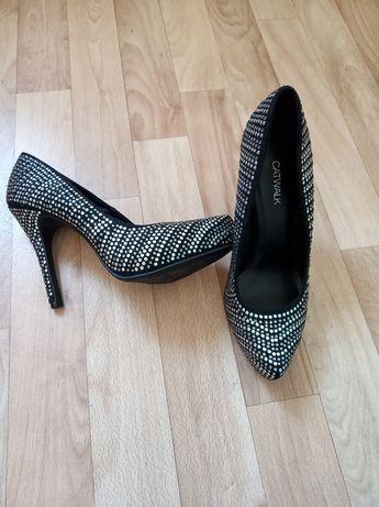Продам туфли (из Германии).