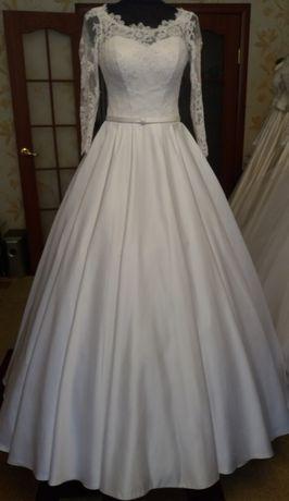Свадебные платья б/у не дорого