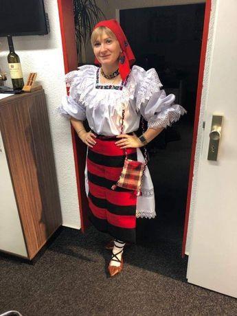 Costum popular de Maramureș complet cu Zadii.