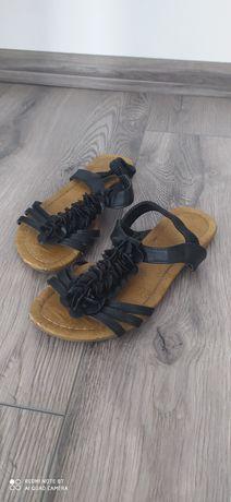 Sandale joase mar 37
