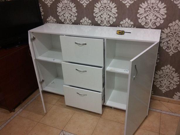 Комод офисный 1200х900х400 (маникюрный стол)