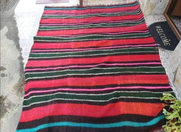 Вълнено одеало / килим