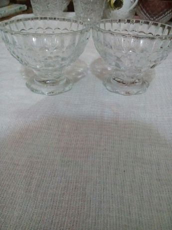 Продам вазы из стекла по 300 тенге.