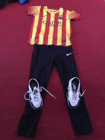 Tricou adidași pantaloni trening băieți Nike