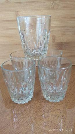 Набор- стаканов и стопок