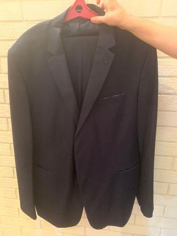 Мужской костюм ( от 50 до 60) цвет темно- синий