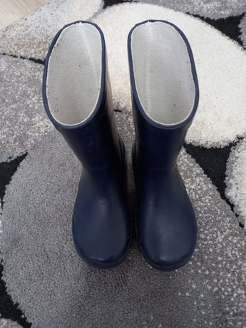 Vând cizme mikk line