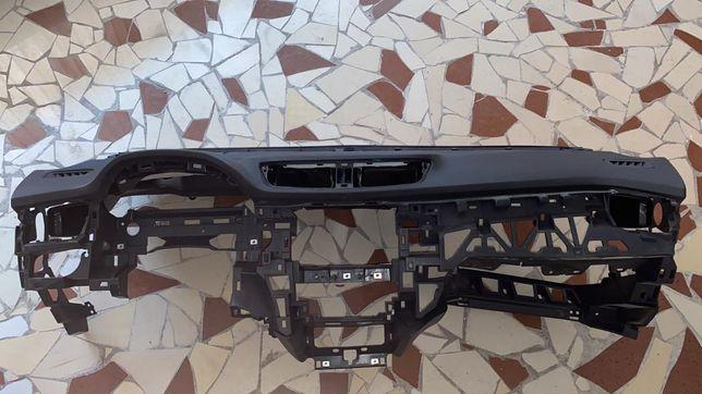 Торпедо панель торпеда подушка штора srs подушка qashqai x-trail 11 32