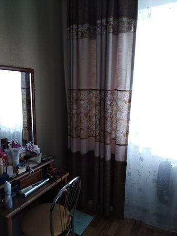 Продаю шторы для спальни, шторы отличного качества. Р