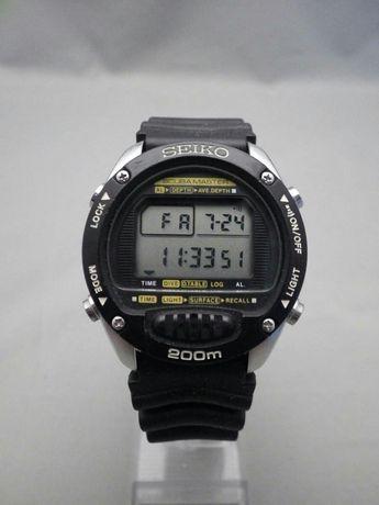 Seiko scuba diver's m705-5a10 mens diver scubamaster watch
