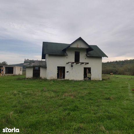 Casa, Corni ( Balta Arsa )