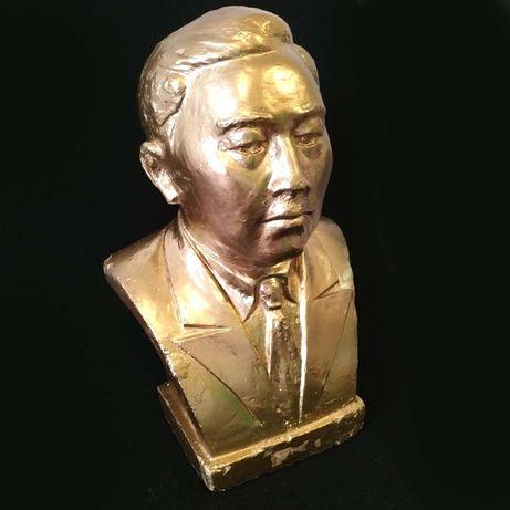 Статуэтка, выдающийся деятель, золото
